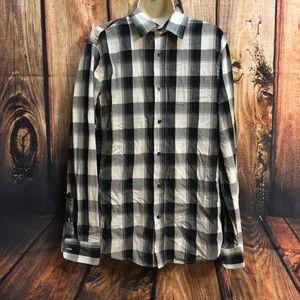 GAP Shirts - CLEARANCE! GAP Men's Plaid Slim Fit Button Down